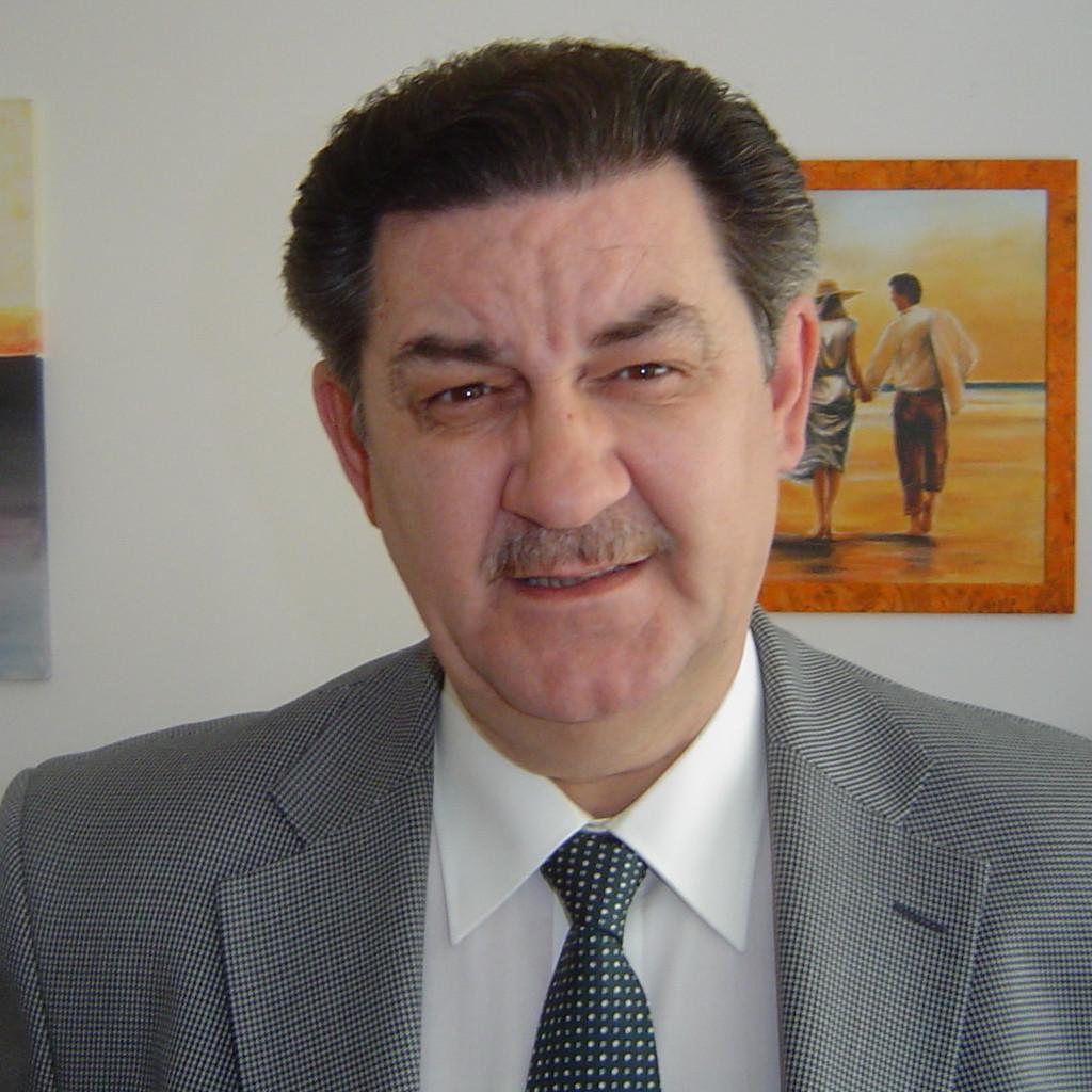 Stefan Stefanovic versicherungsmakler