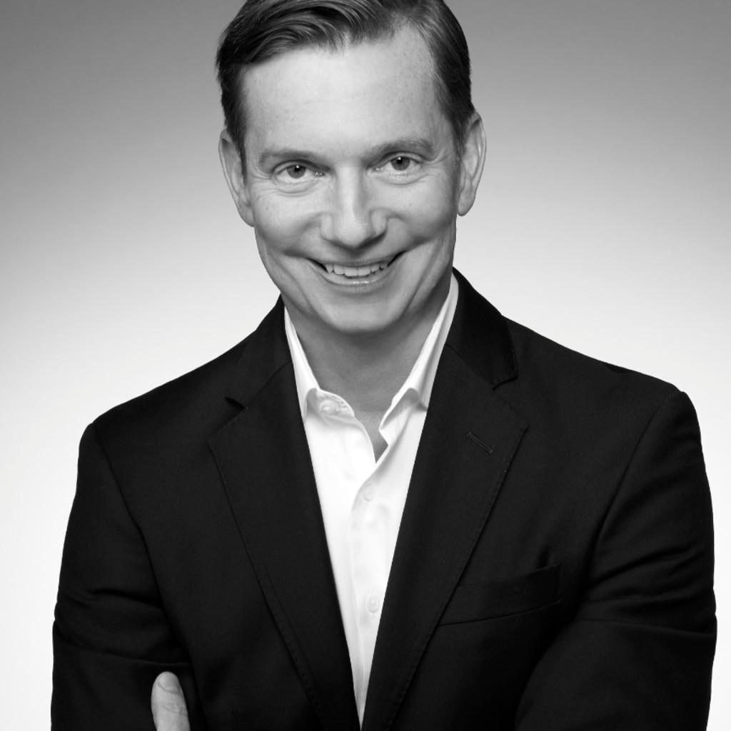 Dr Stefan Frank