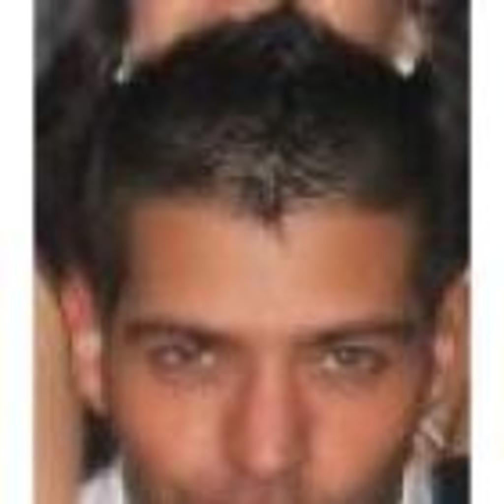 Luis miguel cortes dependiente mavici adolfo for Adolfo dominguez atencion al cliente