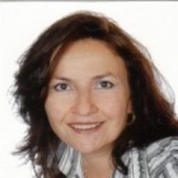 Eveline Quipipa-Dias - Wordshmiths - München