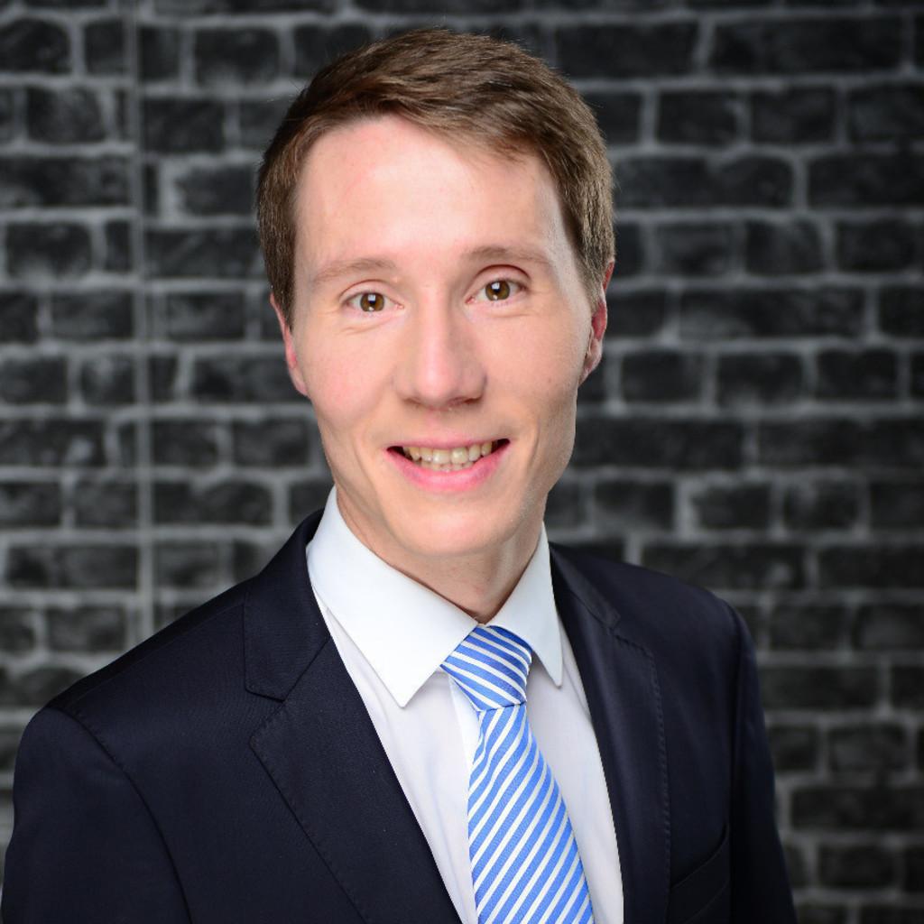 Dr. Sebastian Schulze's profile picture