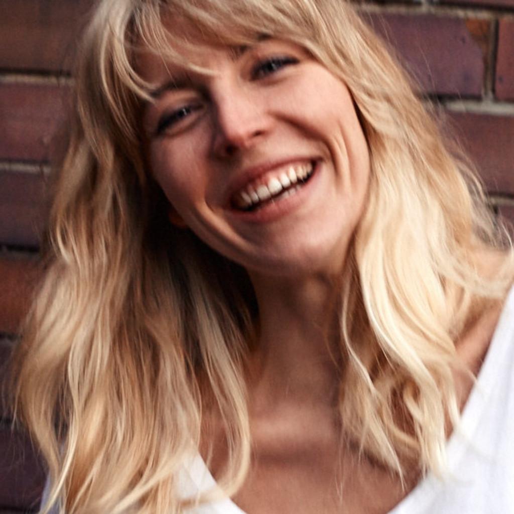 Luisa reissmann visual merchandiser stylist diesel for Dekorateur hamburg