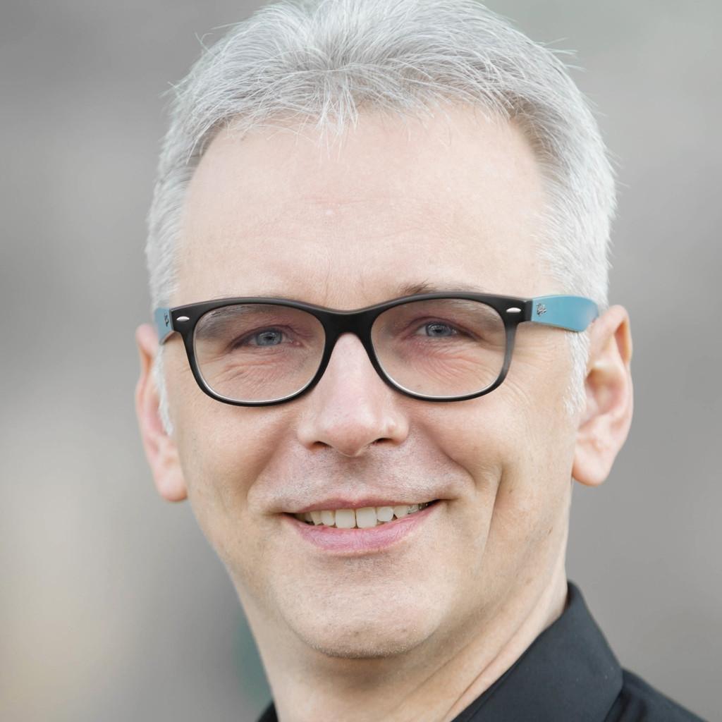 Simons Ratingen axel simon chief technologist aruba a hewlett packard
