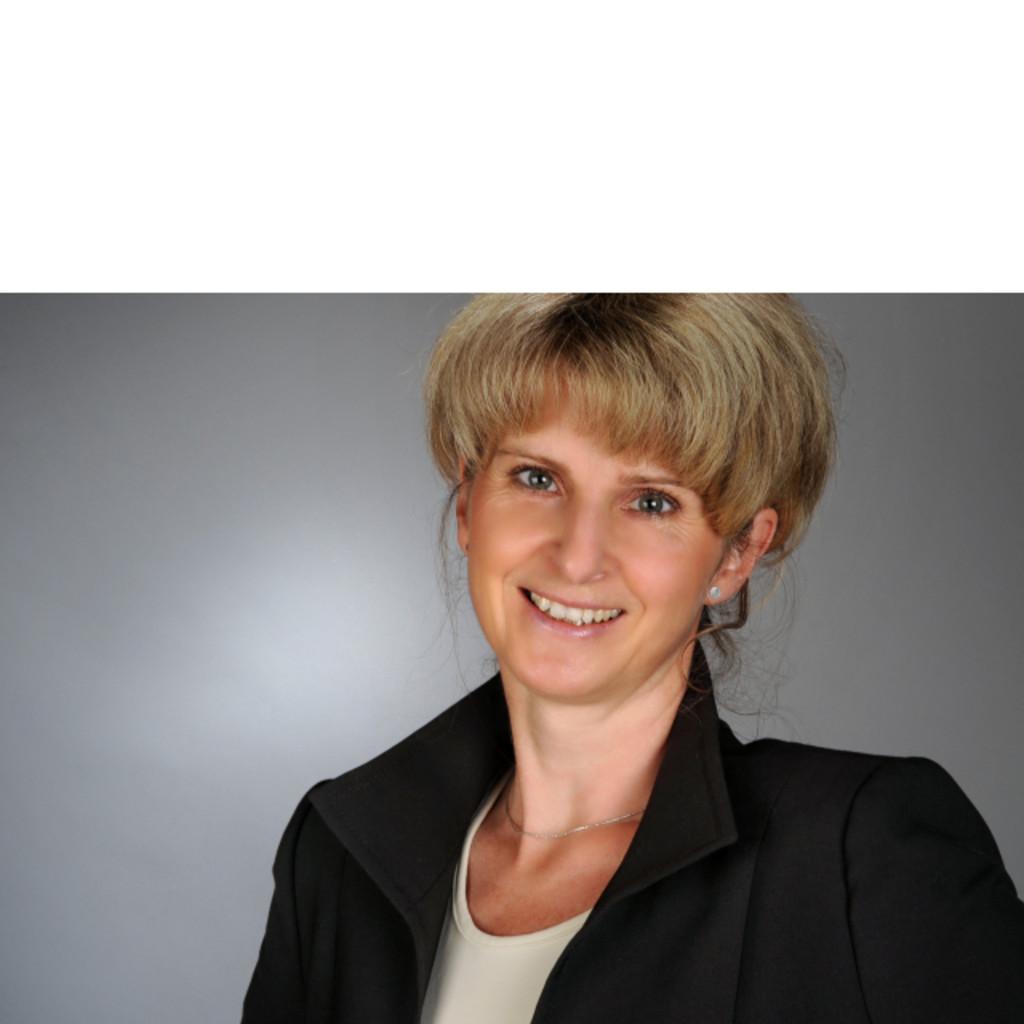 Angelika Winkler