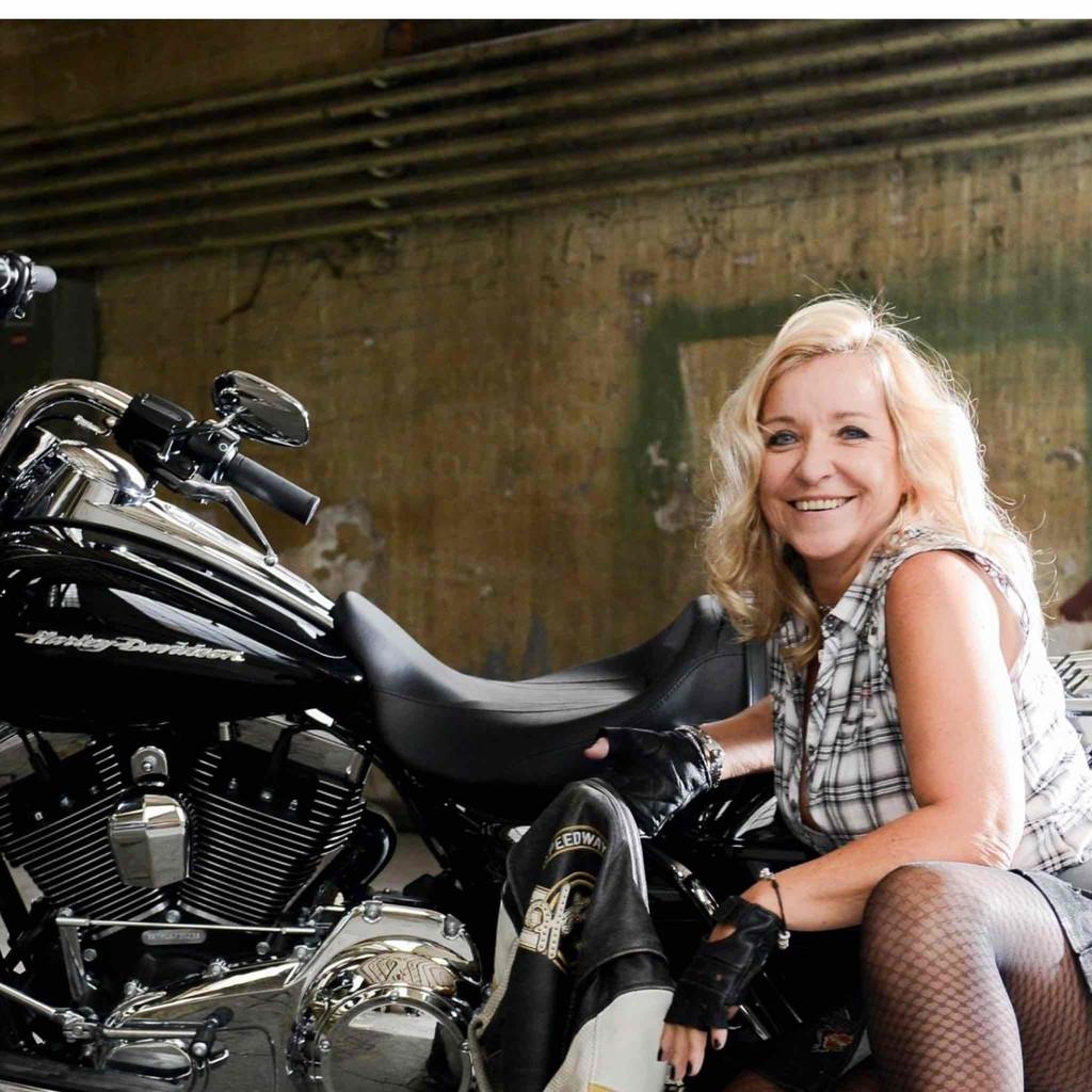 Cornelia Kamber-Zech - Head of Fleet Telematics - Allianz Suisse | XING - cornelia-kamber-zech-foto.1024x1024
