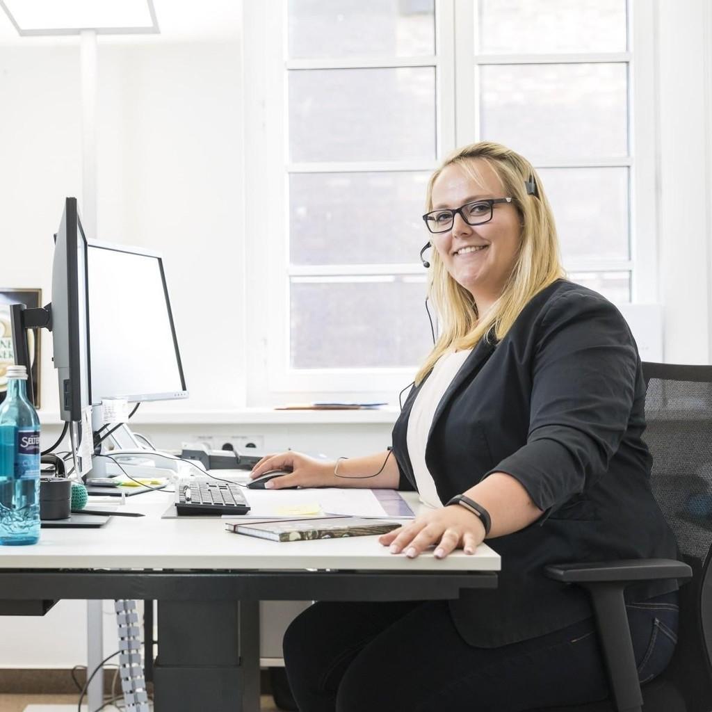 Michaela Dietrich - Teamleiterin Kunden-Service-Center - Radeberger ...