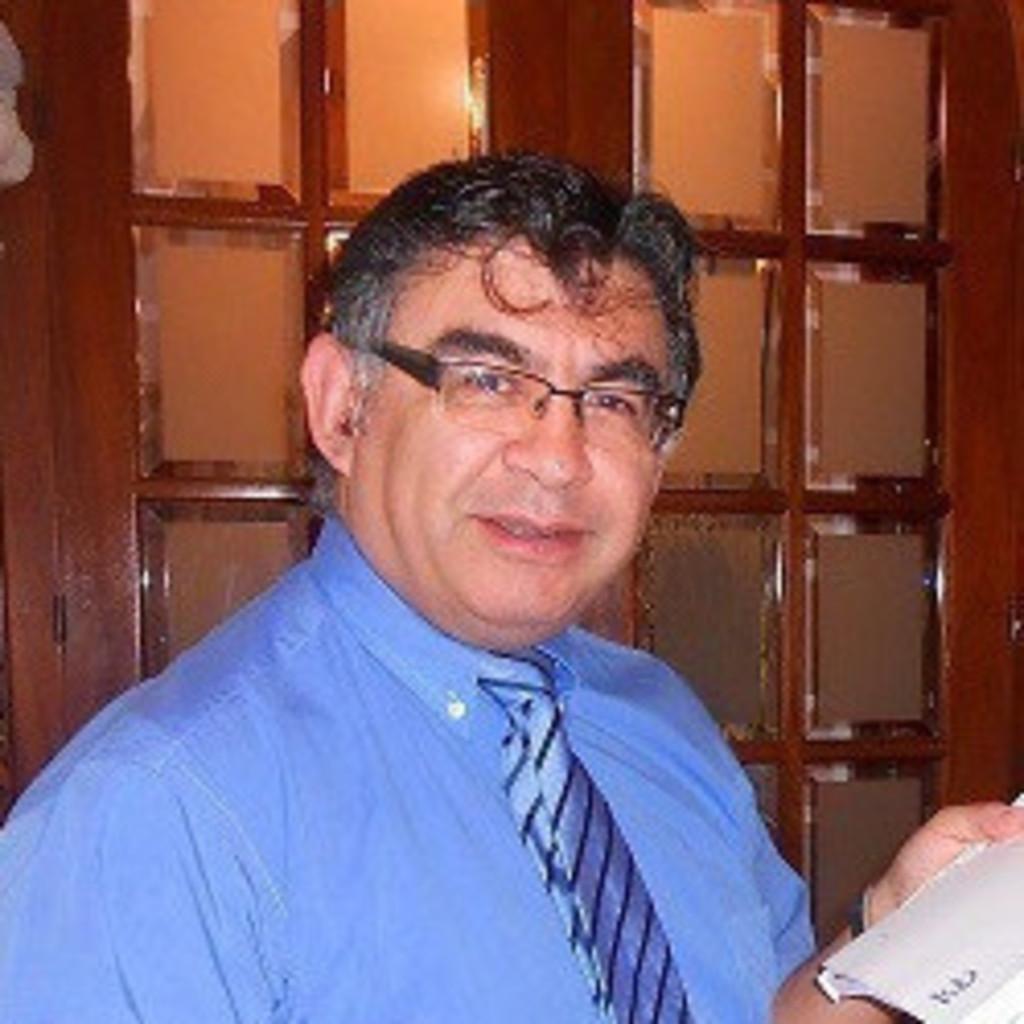 LUIS ARCE's profile picture