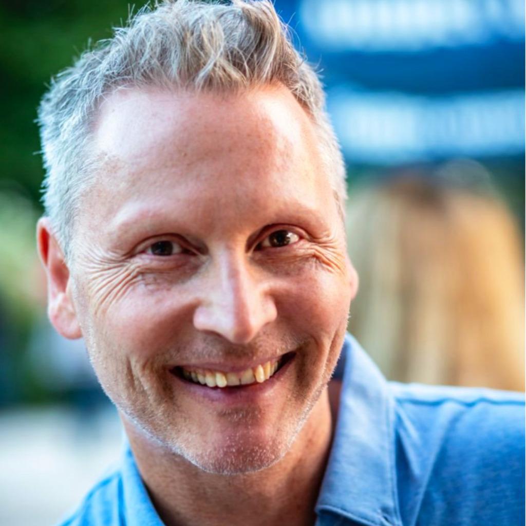Bernhard koch gesch ftsf hrer sportart verlag xing for Koch italienisch