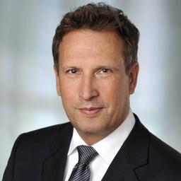 Dr. Broer Teichert