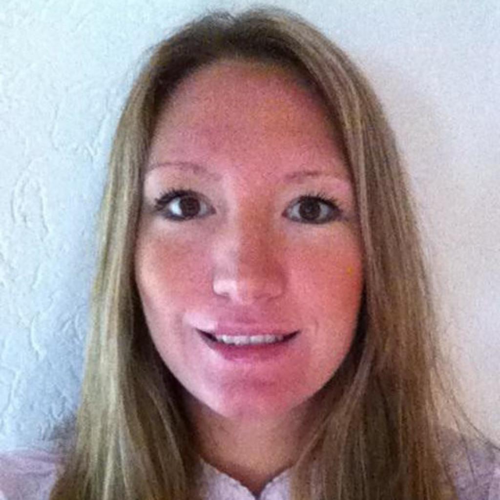 Sales Floor Team Leader: Livia Silva - Area Manager - MoneyGram International