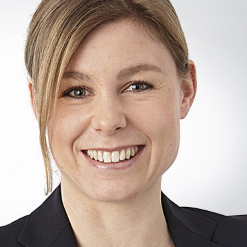 Julia Babst - Digital Merchandising Manager - Yves Rocher ...