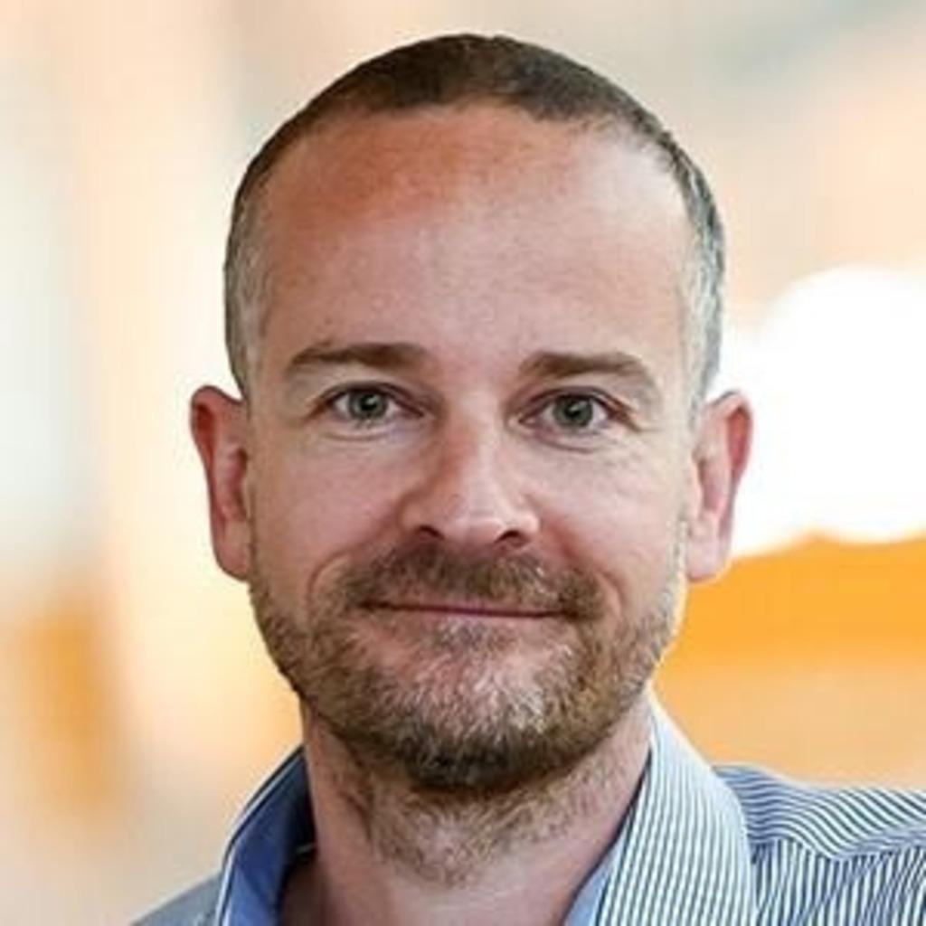 Nils Schneider Sachbearbeiter Kundendienst Hans Segmuller
