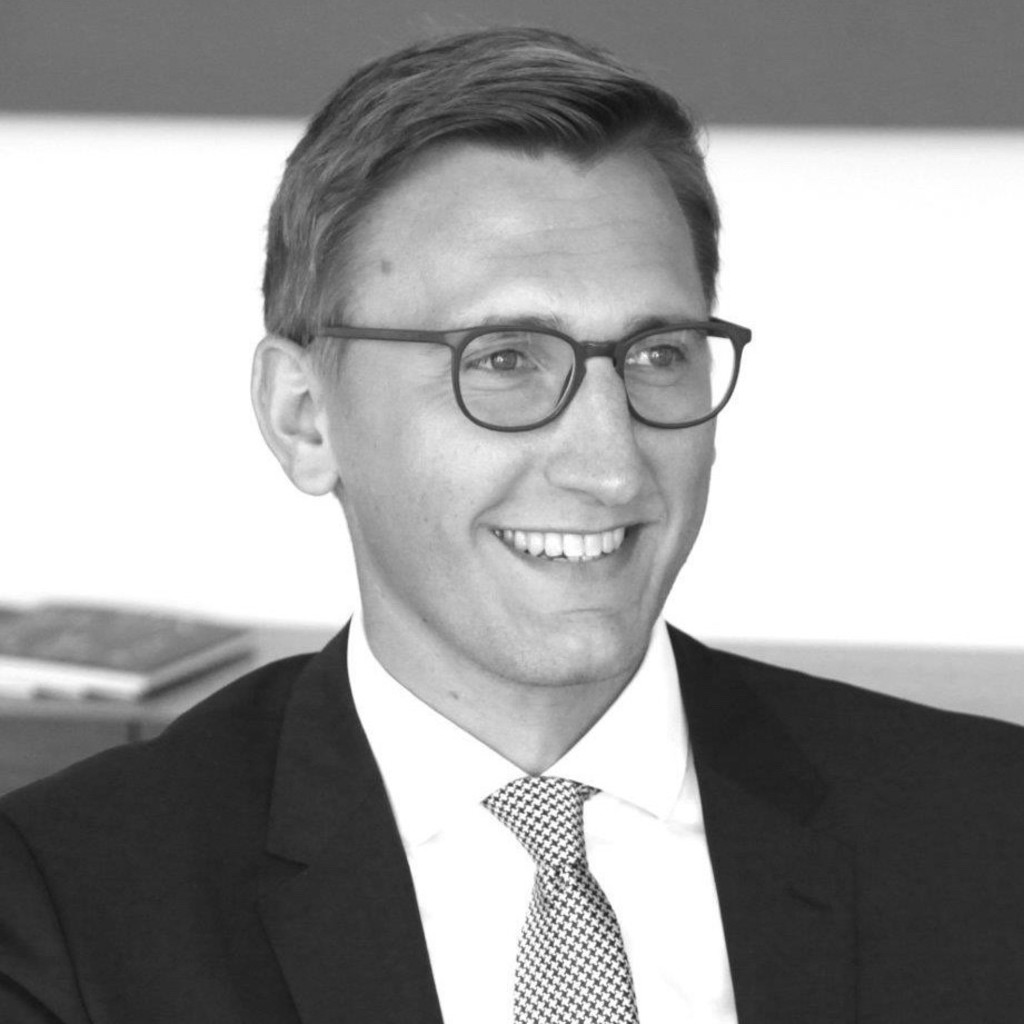 Thomas schneider vorstandsassistent business manager for Schneider versand privatkunden