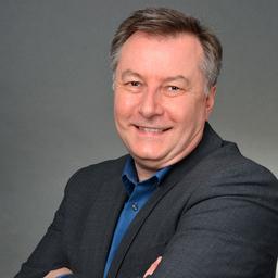 Dr. Michael Ruff