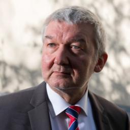 Wolfgang Max Burggraf - Vernetzung der Ethischen Bildung zwischen Bundeswehr und Hochschulen - Bonn