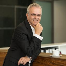 David Zion - Currently: Interim Management @ PlusServer GmbH - Hamburg