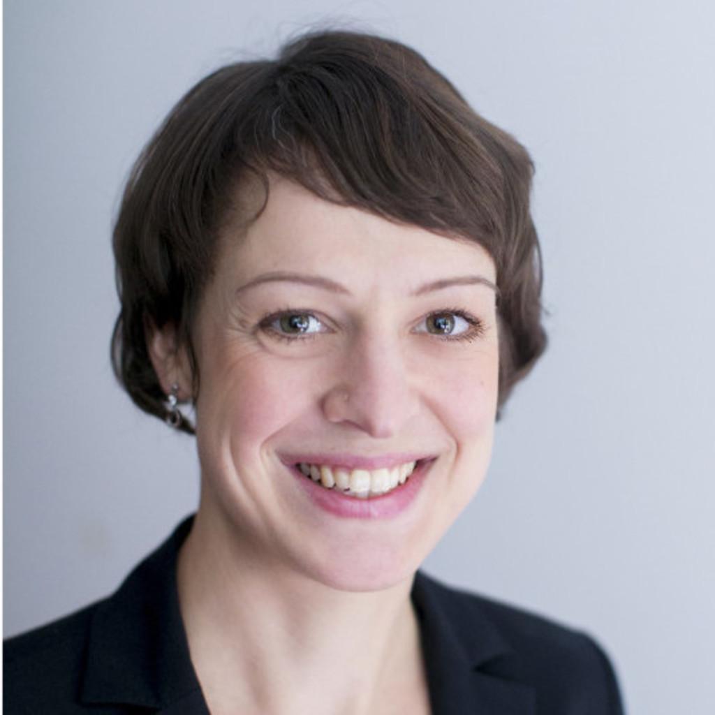<b>Miriam Wolf</b> - Public Relations Manager und Projektleiterin - Europäischer ... - miriam-wolf-foto.1024x1024