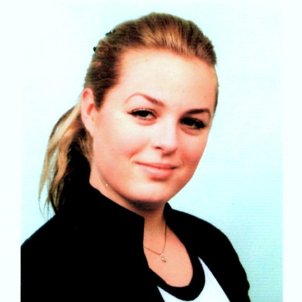 <b>Sarah Klein</b> - Auszubildende im Groß- und Außenhandel - METRO Cash & Carry <b>...</b> - sarah-klein-foto.1024x1024