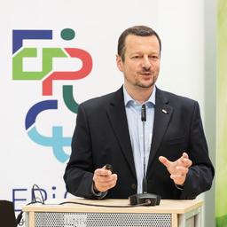 Michael Zacherle - Karlsruher Institut für Technologie KIT - KHYS - Karlsruhe
