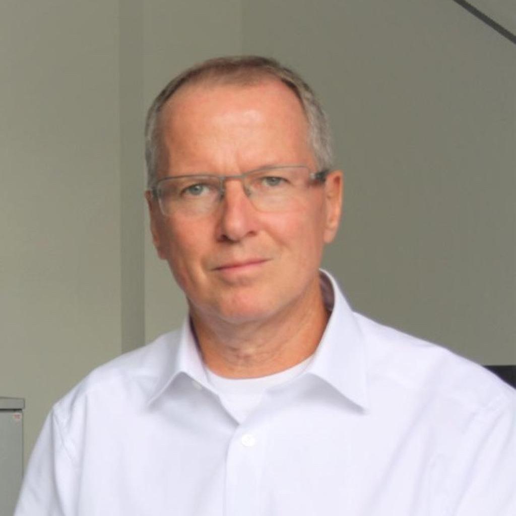 Thomas ksiensik diplom kaufmann interim controlling ug for Kaufmann offenbach