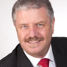 Dr. Bernhard Schmalzl