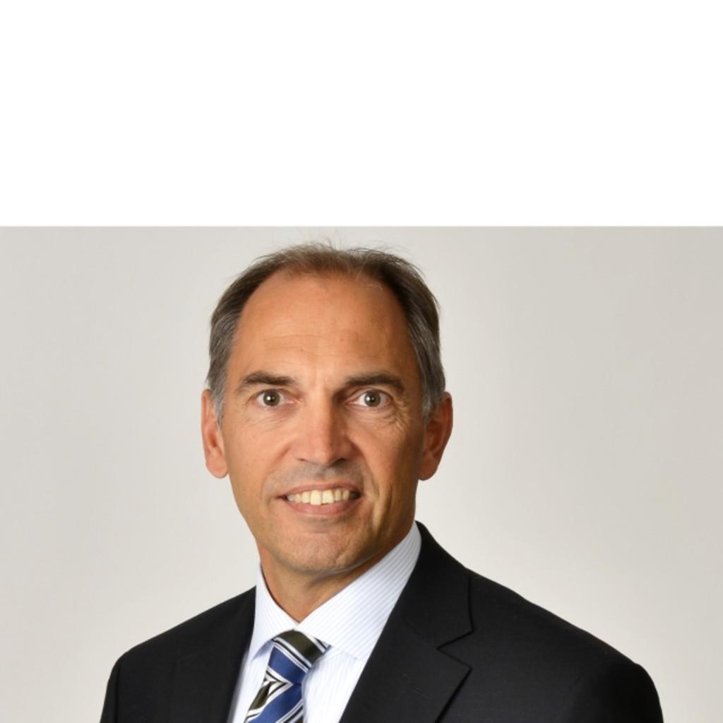 Bernd Brühl - freiberuflicher Dozent und