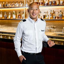 bar manager