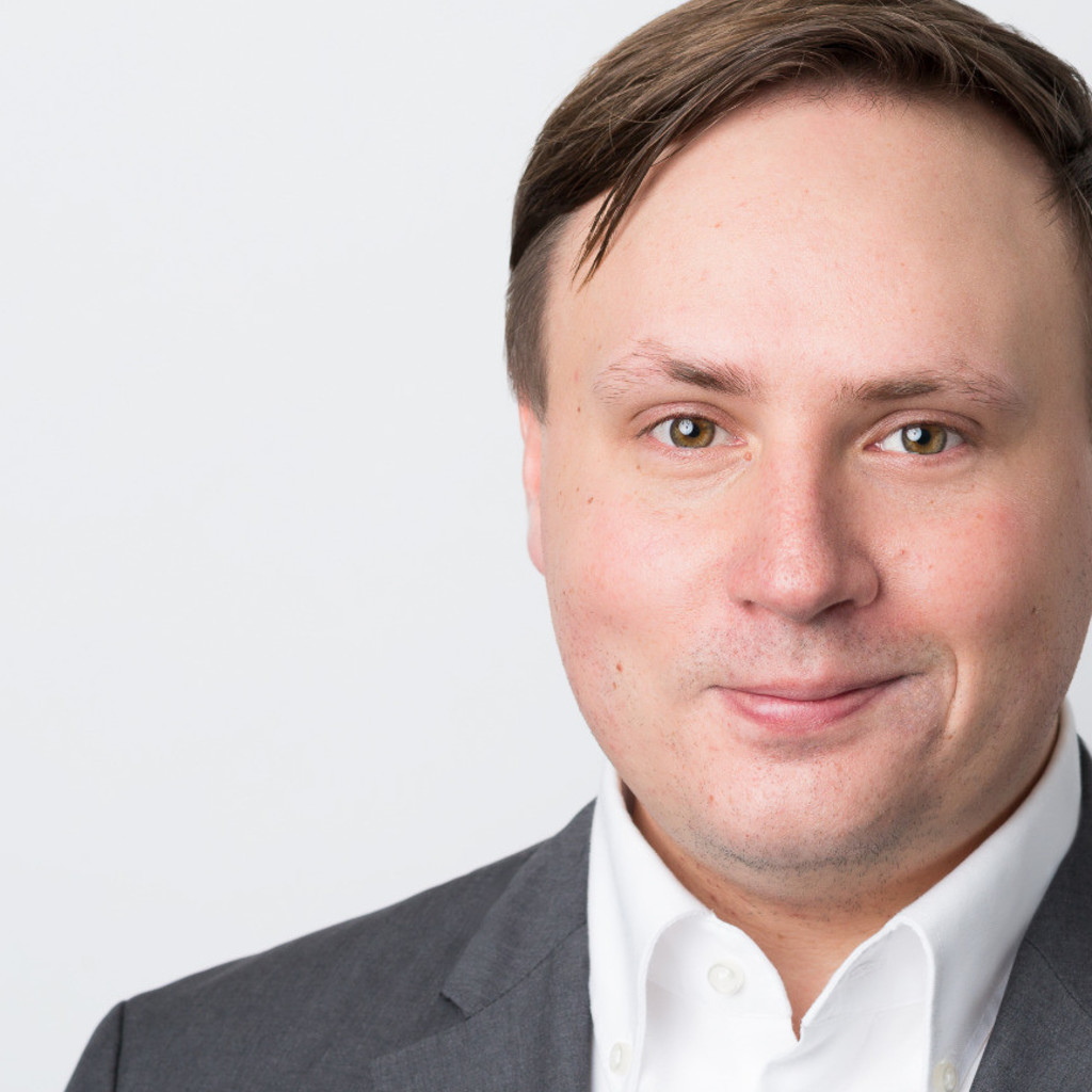 Jonas k bele senior consultant markets proposals for Mediengestalter offenbach