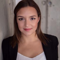 Carina Francesca Latona - PRO-VOGUE - Frankfurt Am Main