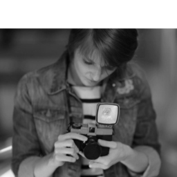Christine Dentten - Christine Dentten - Editor, researcher and copywriter - Stuttgart