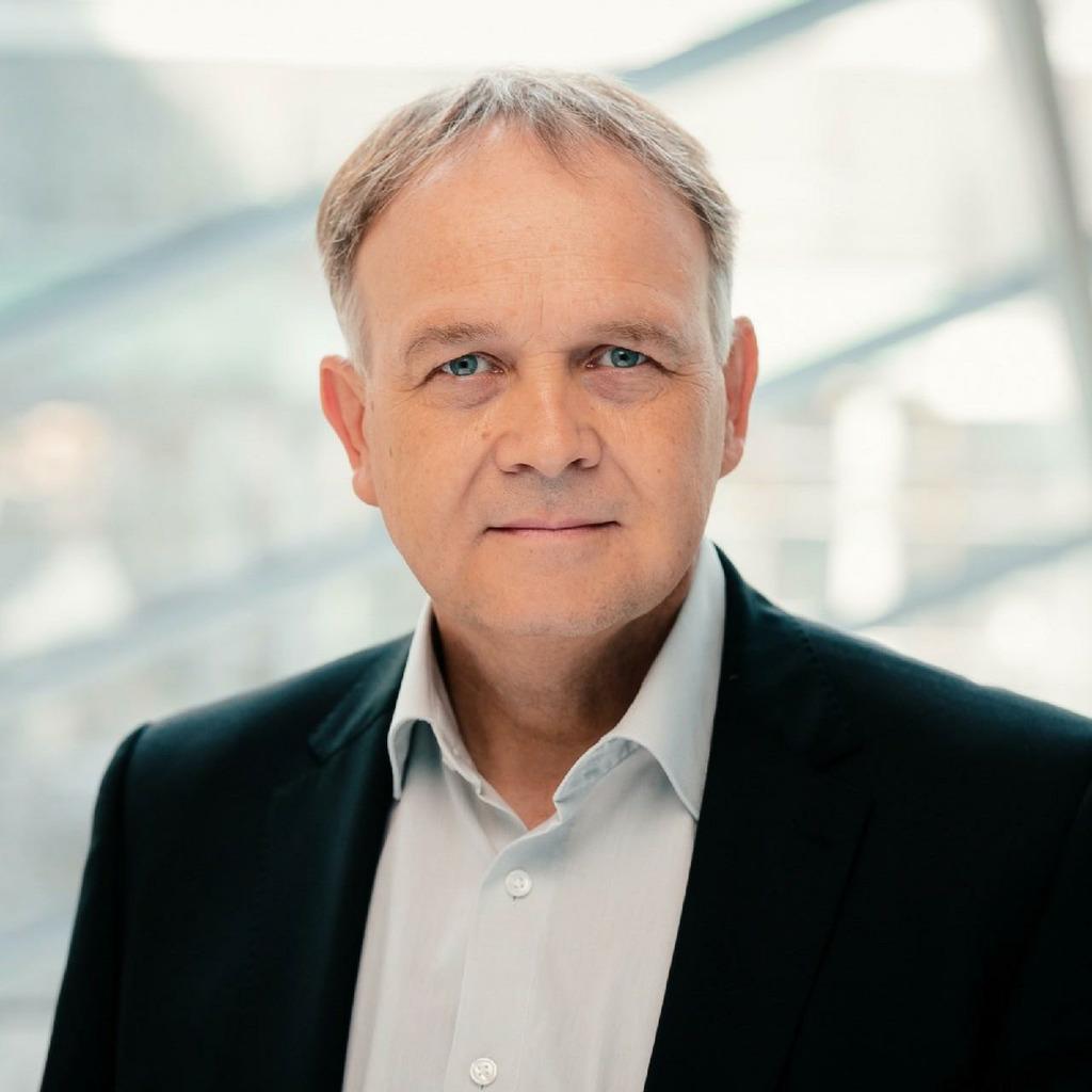 Holger singer leiter entgeltabrechnung und for Koch 1 lehrjahr lohn