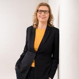 Corinna Bucher