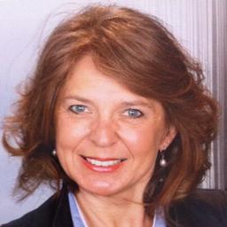 Angela neuheuser assistentin der gesch ftsf hrung mwk for Zimmermann verbindung