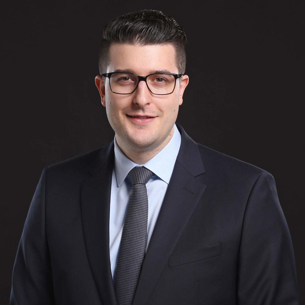 Patrick marxer juristischer mitarbeiter roth partner for Juristischer mitarbeiter