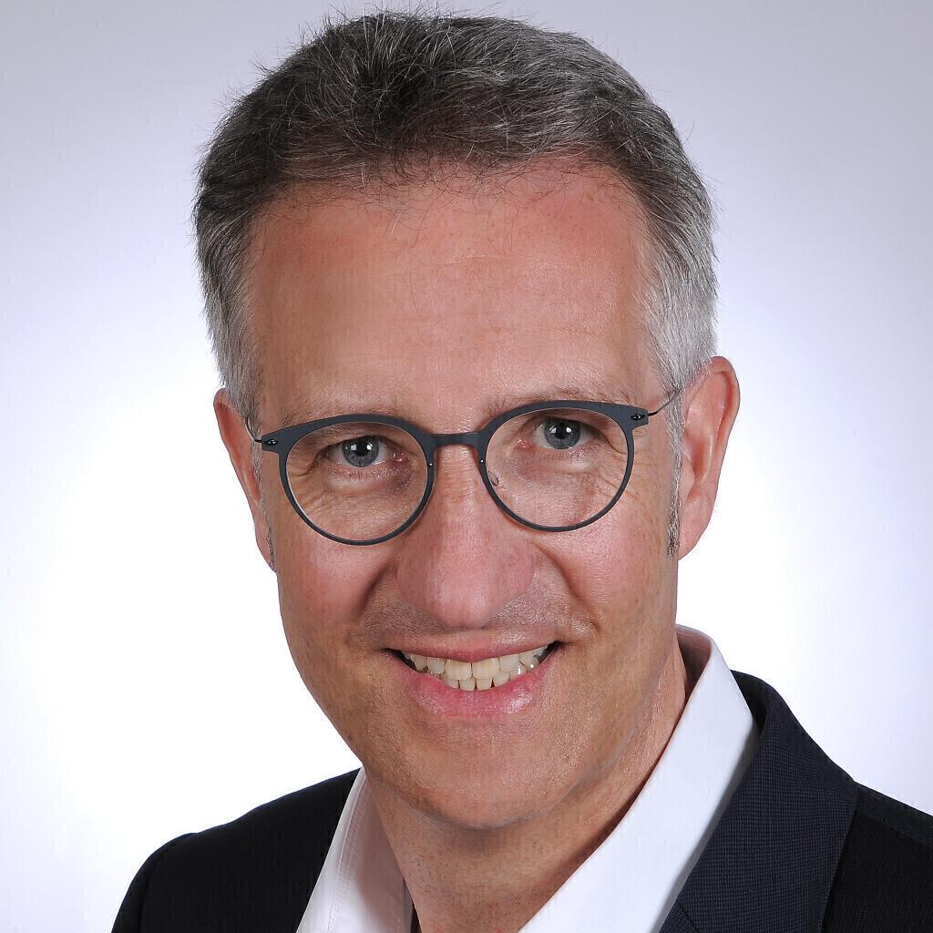 <b>Peter Eichholz</b> - Principal Legal Counsel - GKN Holdings Deutschland GmbH | ... - peter-eichholz-foto.1024x1024