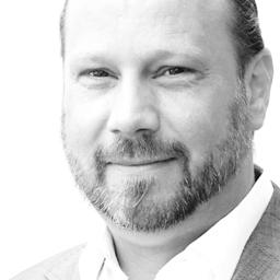Daniel Susewind - avrami business communication - Mehr als die Summe seiner Teile - Dortmund
