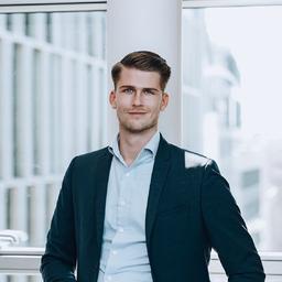Hannes Schönfeld - Angermann Real Estate Advisory AG - Hamburg