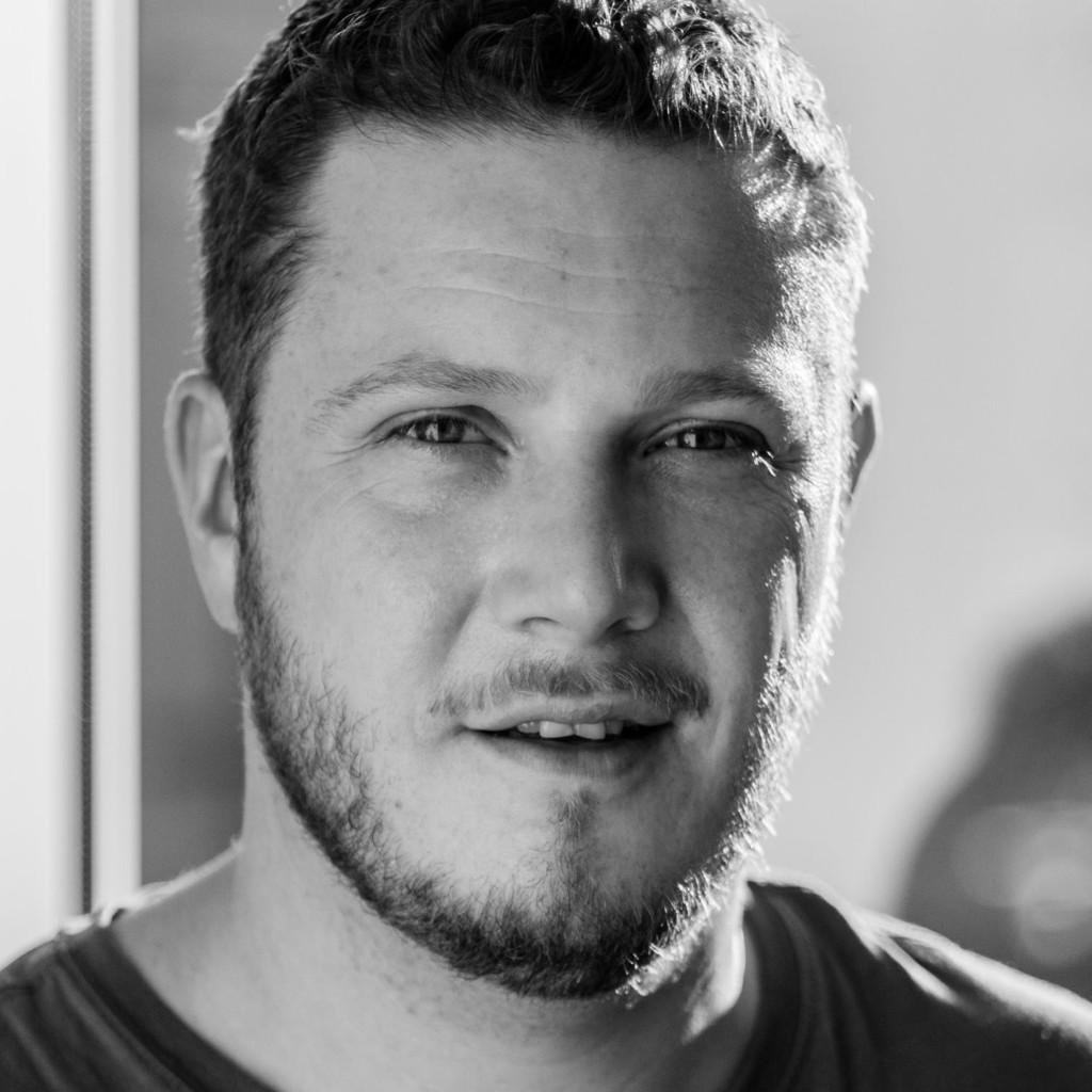 Valentin buhl wissenschaftliche hilfskraft for Grafikdesign stuttgart