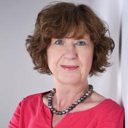 Ulrike Wanken-Hau - Expertin für strategische Marktbewertungen - Munich