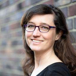 Nadine Roth