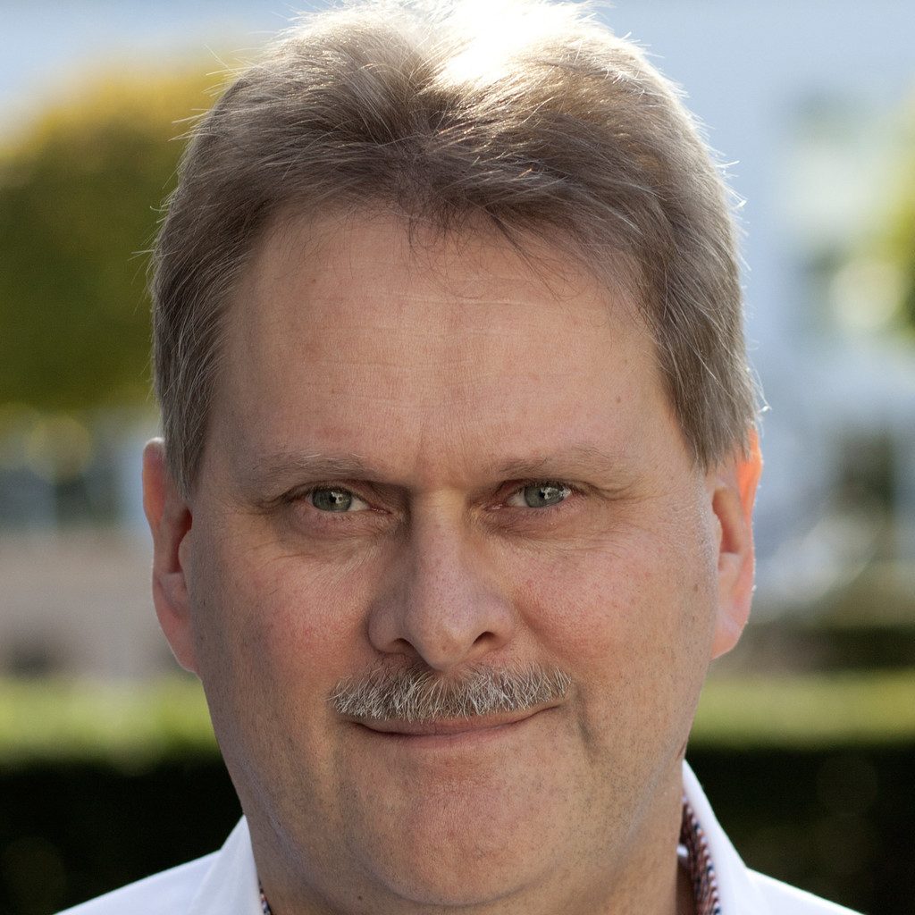 <b>Bernd Zimmermann</b> - Leiter Vertrieb & Geschäftsentwicklung - BAYARDS ... - bernd-zimmermann-foto.1024x1024
