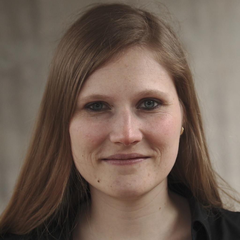 Corinna Faust-Christmann