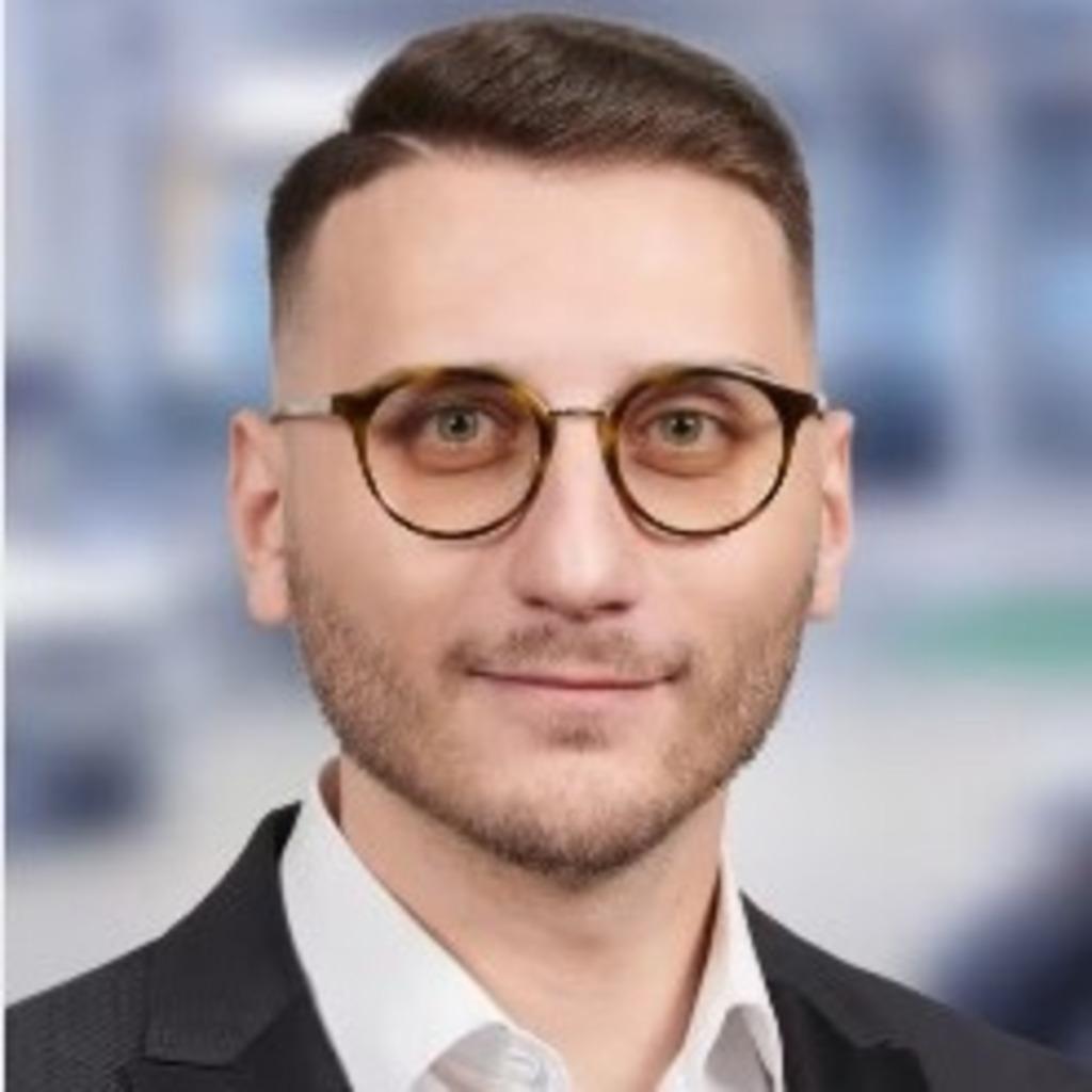 Francesco modica kundenberater privatkunden deutsche for Deutsche bank nurnberg