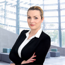 Sabrina Uruci - Senator Executive Search Partners - Landshut