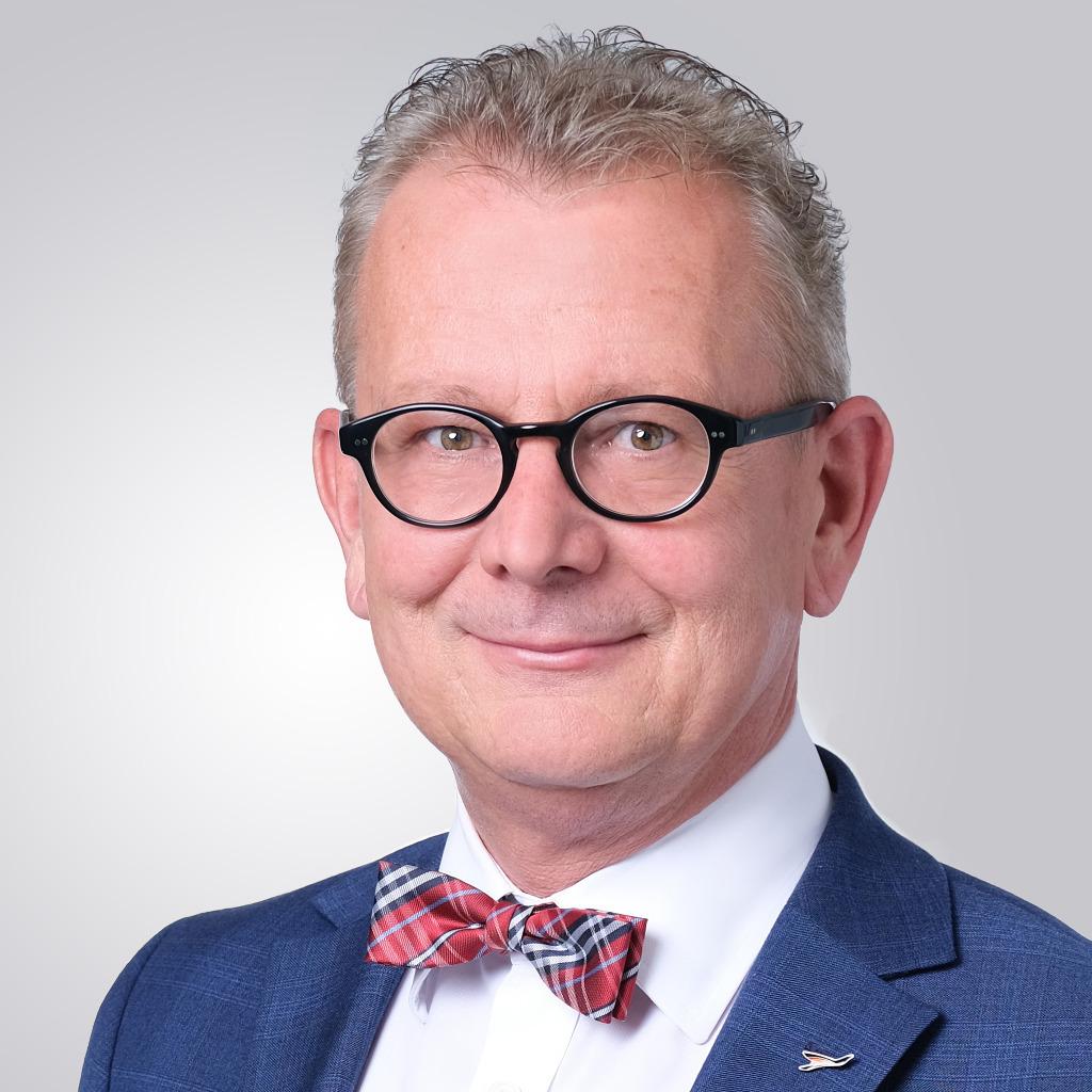 Hans-Jürgen Friedrich - Vorstand - KFM Deutsche Mittelstand AG   XING
