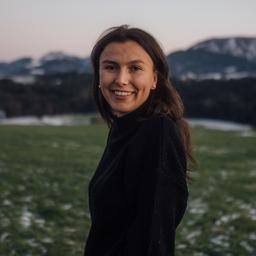 Pia Mayer