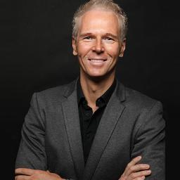Dr. Dierk-Oliver Kiehne