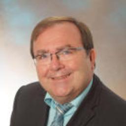 Dr. Ernst Spitzenpfeil