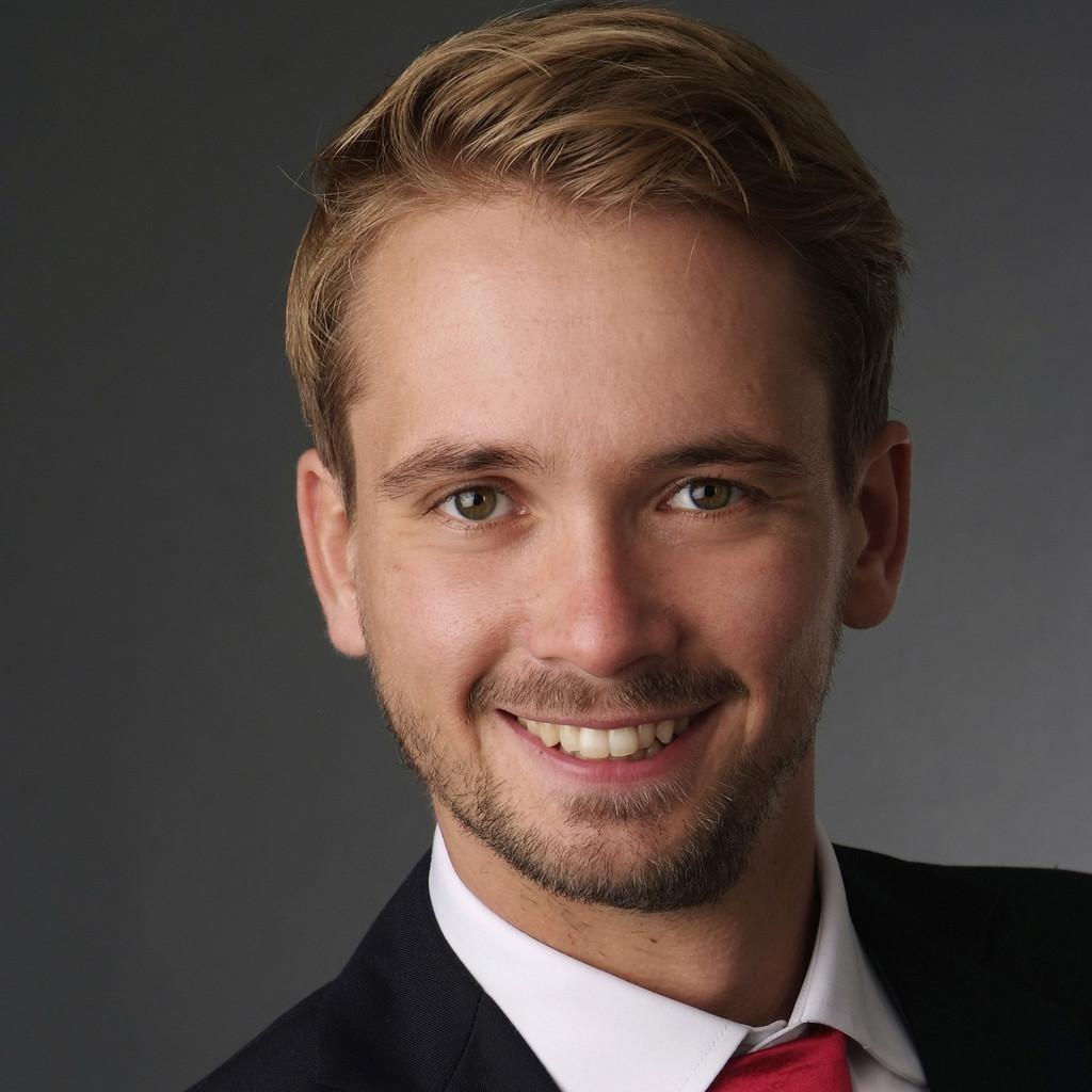 Johannes m schenich trainee engineering gkn driveline for Ingenieur fertigungstechnik