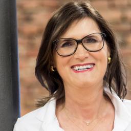 Sabine Dietrich - SABINE DIETRICH & Co. | DYNAMIK WIRKSAM MANAGEN | https://sabine-dietrich.com - Haan